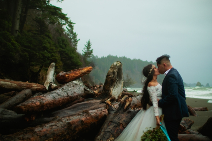 washington-coast-elopement-22