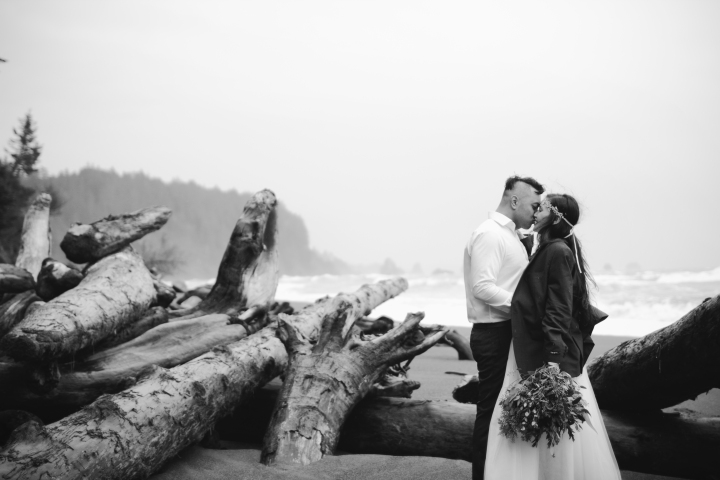 washington-coast-elopement-32