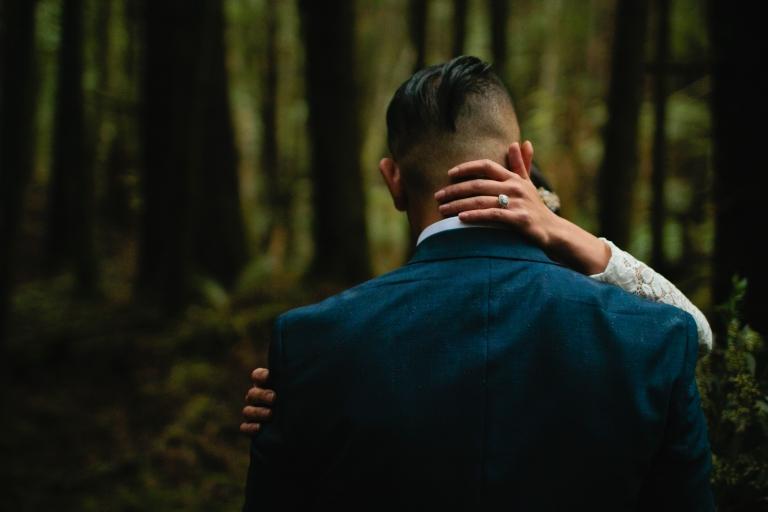pnw-elopement-photographer